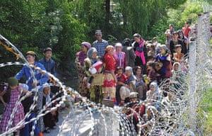Uzbek refugees: Uzbek refugees near the eastern city of Andijon
