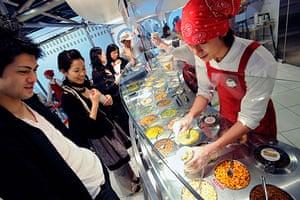 Ramen noodles: Nissin Ramen museum