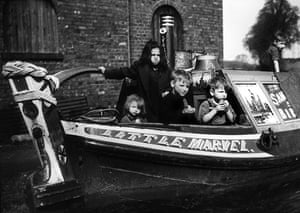 Longden's Canals: A group of children on a canal boat