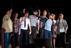Harry Potter Orlando: Cast of Harry Potter wave their wands in Orlando, Florida