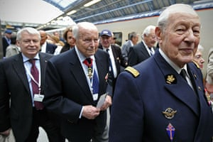 Resistance anniversary: French World War II veterans arrive in London