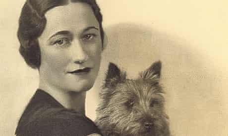 Wallis Simpson holding a dog