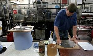 vinyl factory making vinyl records