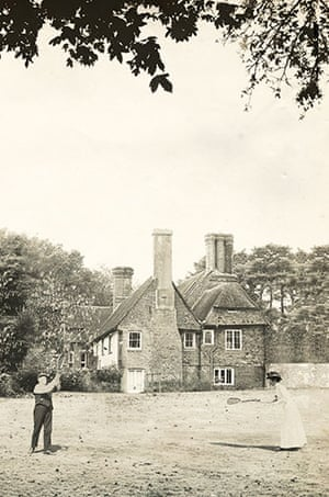 Hancox House: Norman and Milicent playing tennis on the lawn at Hancox