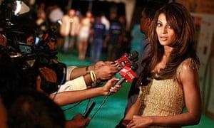 708b30940c5 Indian film stars call for boycott of  Bollywood Oscars  over Tamil deaths
