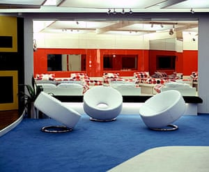 Big Brother house: Big Brother 6 - a glass wall looking into the bedroom