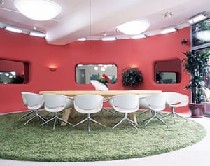 Big Brother house: Big Brother 4 - dining room and grass effect rug