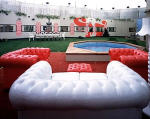 Big Brother house: Big Brother 7: the garden and the pool