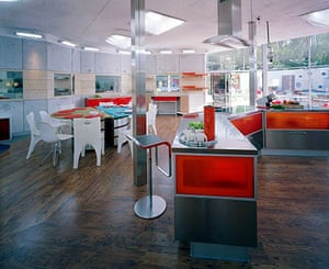 Big Brother house: Big Brother 3: kitchen and dining area
