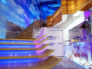 Big Brother 11 House : The entrance to the new Big Brother 11 house