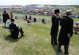 Epsom Derby 2010: Spectators