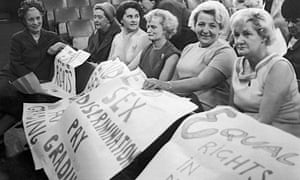 Baroness Edith Summerskill chats with striking machinists from the Ford plant in Dagenham