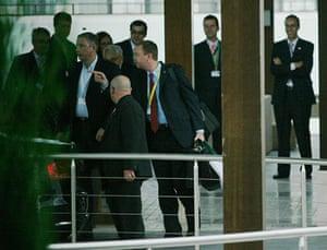 Bilderberg power gallery: The court of King Kissinger