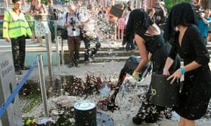 tate britain bp demonstrators