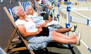Women enjoy the hot weather in Weymouth, Dorset