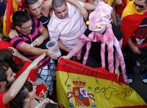 sport: A soccer fan dressed as Octopus Paul