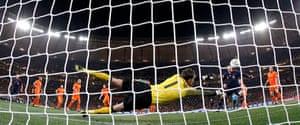 footy: Netherlands' goalkeeper