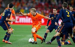 footy: Netherlands' Dirk Kuyt