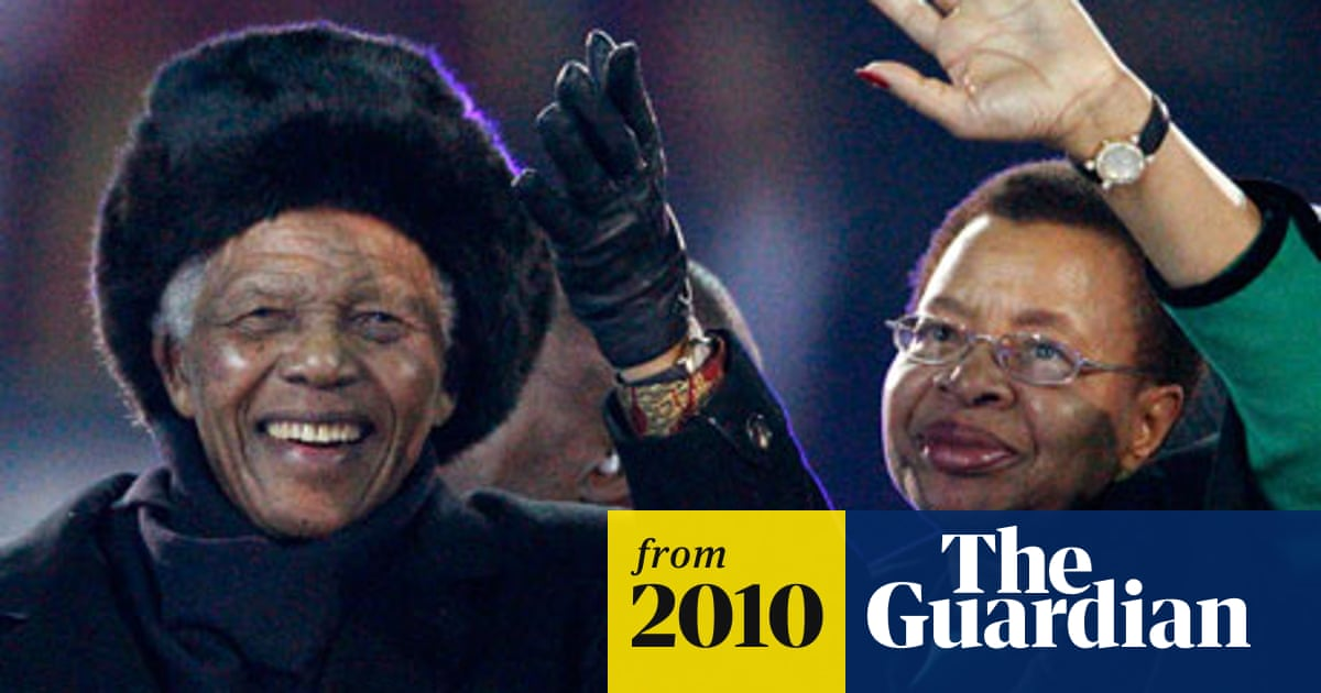 Nelson Mandela gives World Cup a dream finale with a wave and a
