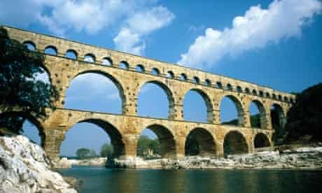 pont du gard aqueduct romans notes and queries
