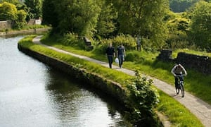 Part of the Leeds and Liverpool canal could be closed because of drought in northern England