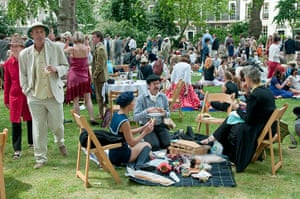 The Chap Olympiad: The Chap Olympiad picnic lawn
