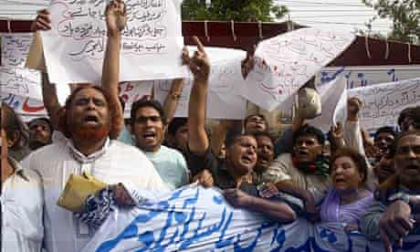 People protest against politicians' fake degrees in Lahore, Pakistan