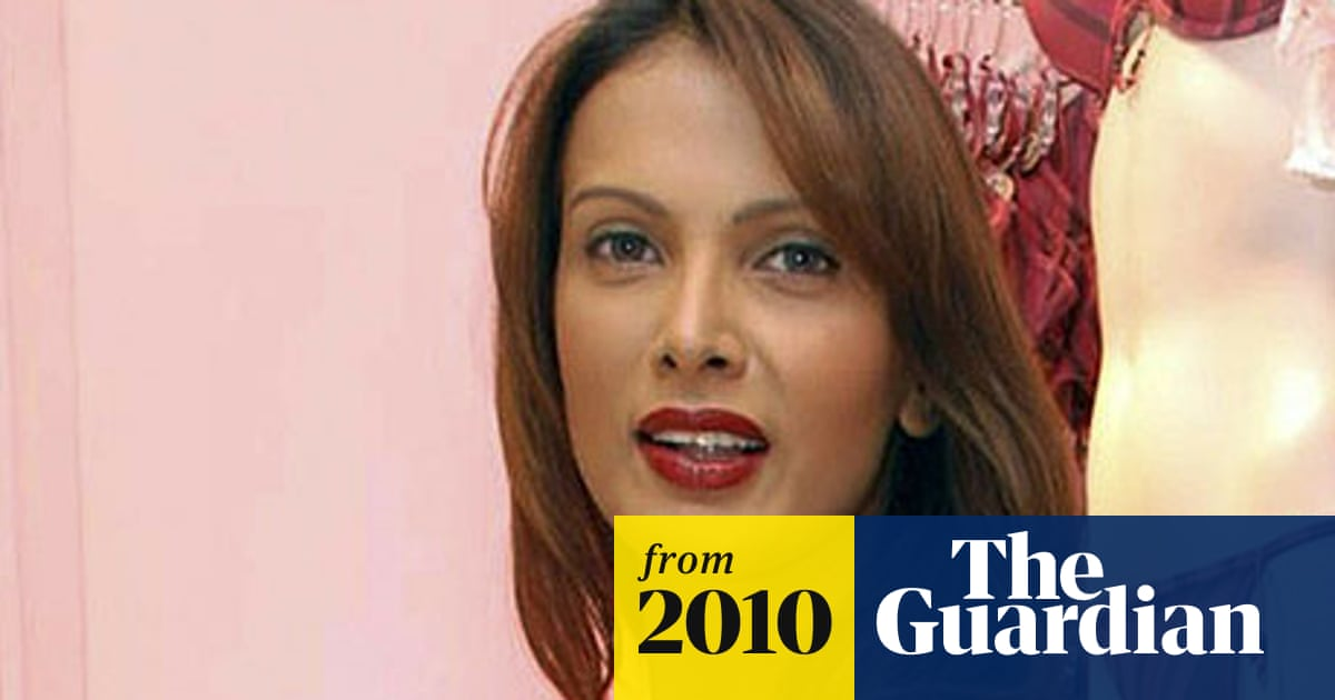 Death Of Indian Model Puts Fashion Industry In Spotlight India The Guardian