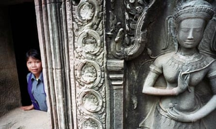 angkor temples antiquities theft