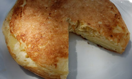 Perfect Spanish omelette