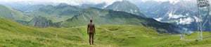 Anthony Gormley: Panoramic view of the 'Horizon Field' by Anthony Gormley.