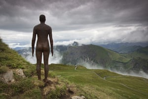 Anthony Gormley: Figures at Diedamskopf 'Horizon Field' by Anthony Gormley.