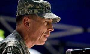 General David Petraeus speaks in Kabul