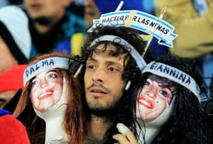 weird sport: Argentina v Mexico: 2010 FIFA World Cup - Round of Sixteen