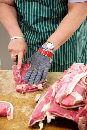 Jay Rayner on On the Hoof: Jay cutting the steaks for lunch