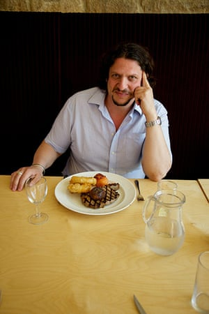 Jay Rayner on On the Hoof: Jay Rayner about to tuck into his steak and chips