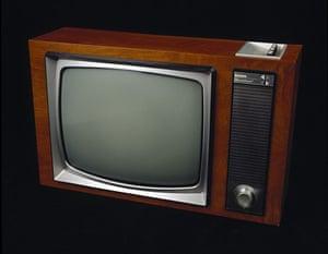 Analogue television: Bush dual-standard television 1967