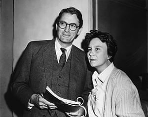 To Kill a Mockingbird: Gregory Peck and Harper Lee on Set of <To Kill a Mockingbird>