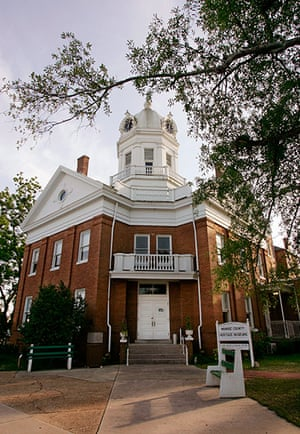 To Kill a Mockingbird: Old Monroeville County Courthouse pictured in Monroeville, Alabama