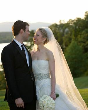 Chelsea Clinton wedding: Marc Mezvinsky and Chelsea Clinton pose during their wedding