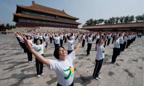 A mass calisthenics event in Tai temple square, Beijing