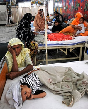 Pakistan Flood Disaster: Pakistani flood affected children, suffering from waterborne diseases