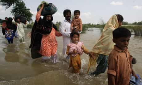 People affected by flood in Pakistan
