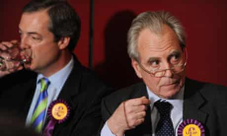 Nigel Farage (left) and Lord Pearson launch Ukip's manifesto in London on 13 April 2010.