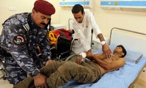 Iraq bomb targets military recruits