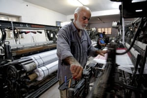Kaffiyeh factory Hebron: Now one loyal employee is left working alongside the Hirbawi brothers