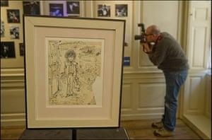Hendrix Handel Exhibition: Jimi Hendrix exhibition opens at Handel House musuem