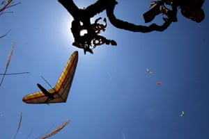 24 hours in pictures:  2010 Super Race Brasil-Brasilia Hang Gliding Championship