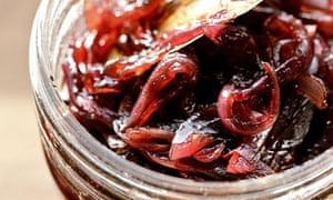 Caramelised red onion chutney