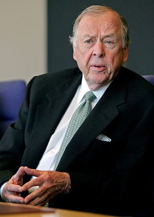 Giving Pledge: T Boone Pickens, founder of BP Capital and long-time energy investor